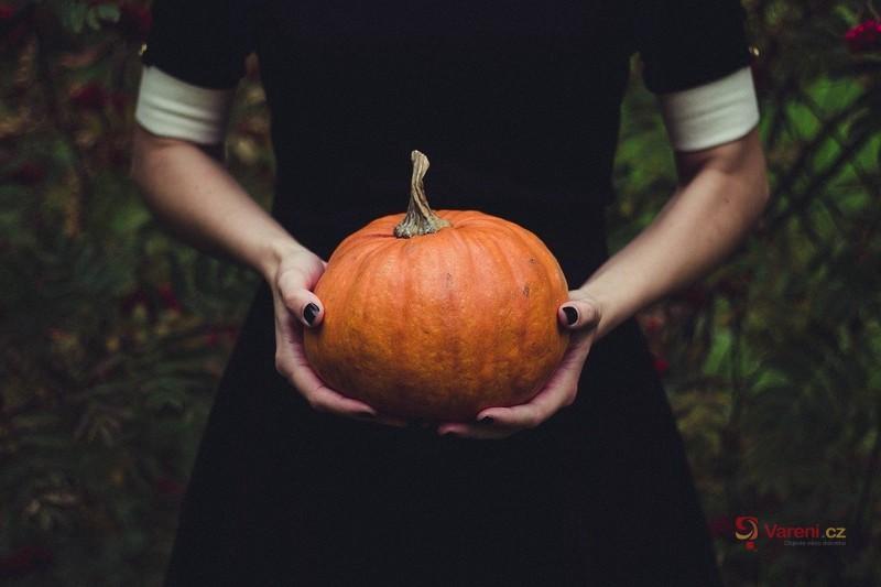 Podzimní svátky: Co víme o Dušičkách a Halloweenu?