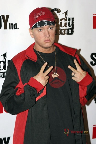 Eminem tloustne a má problémy