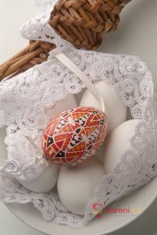 Velikonoční vajíčko a zajíček: Symboly Velikonoc a s nimi spojené tradice