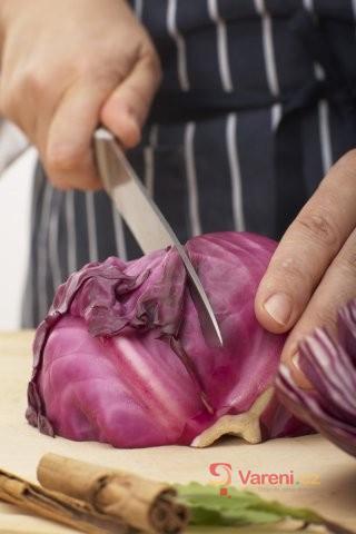 Přírodní lékárnička: Hlávkové zelí a jeho využití nejen v kuchyni