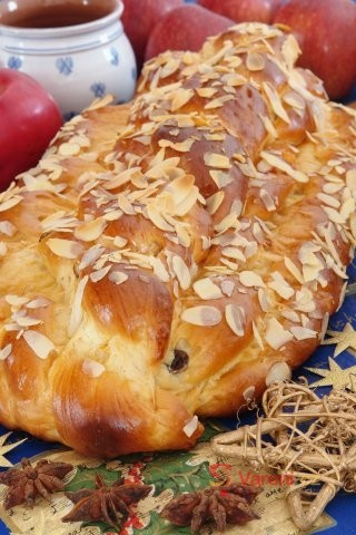 Pečeme vánočku: 6 nejlepších receptů na pečivo našich babiček