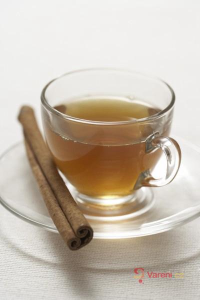 Voňavé nápoje pro zahřátí: Zkuste jablečný punč, grog i kokosovou kávu