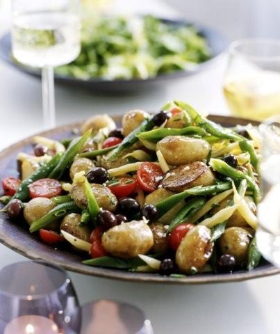 Luštěninové saláty: Jak na zdravý oběd, který opravdu chutná