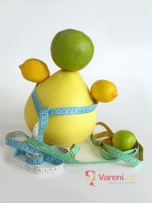 Pomelo - citrus v síťce