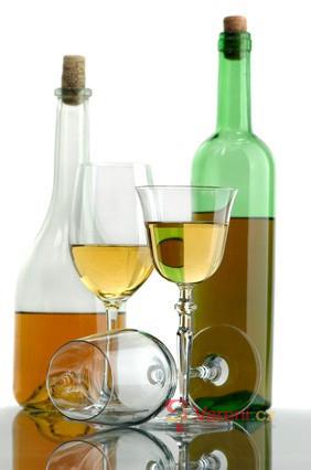 Jak správně nalévat víno
