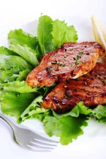 Začínáme s grilováním: Jak docílit skvělé chuti grilovaného masa?