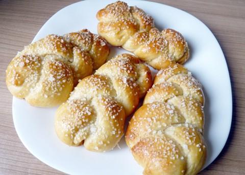 Recept na housky z domácí pekárny krok za krokem
