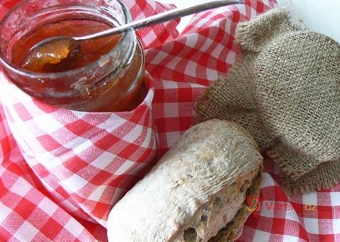Recept na domácí broskvovou marmeládu krok za krokem