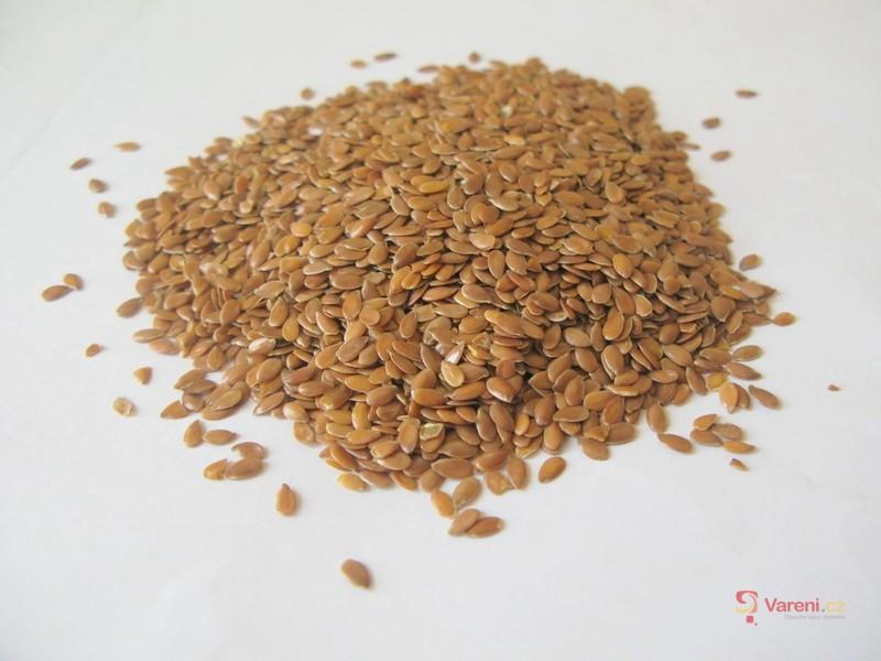 Lněná semínka: Výživový poklad a superpotravina v našem jídelníčku
