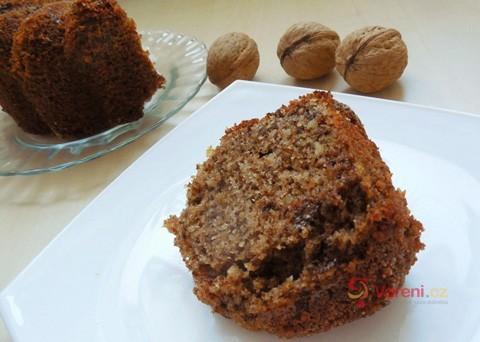 Recept na ořechovou bábovku krok za krokem