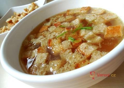 Recept na česnekovou polévku speciál krok za krokem
