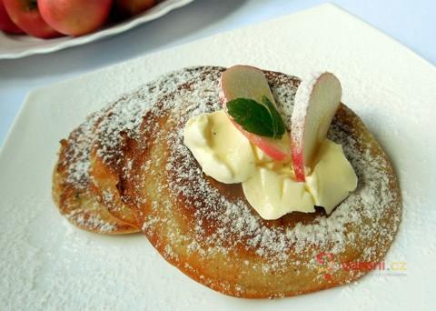 Jemné a nadýchané: Jablečné lívance jsou ideální snídaní