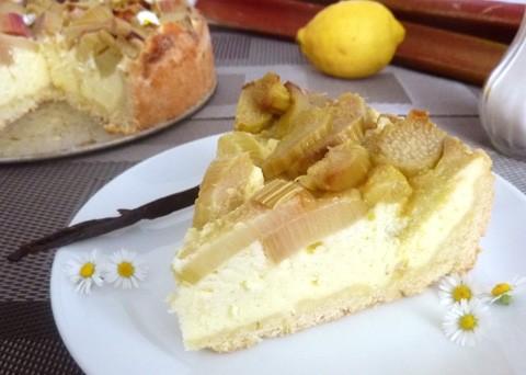 Víkendové pečení: Recept na rebarborový koláč s tvarohem krok za krokem