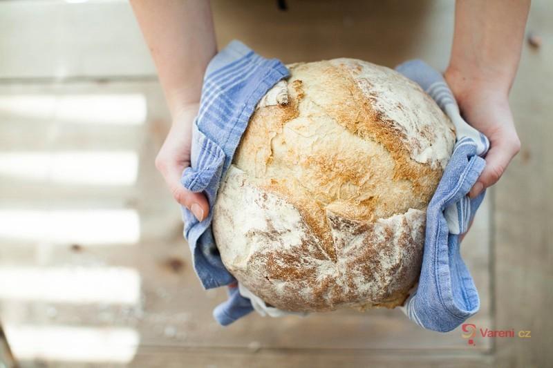Pečení domácího chleba - jak na to, aby se opravdu podařil?