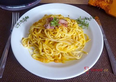 Recept na špagety sdýňovou omáčkou krok za krokem