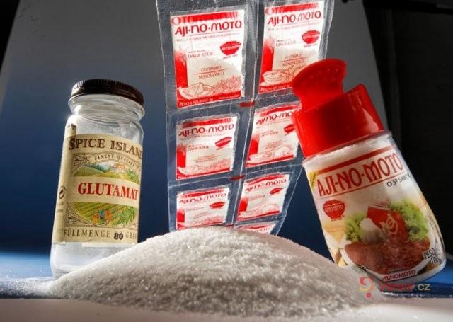 Glutamát sodný