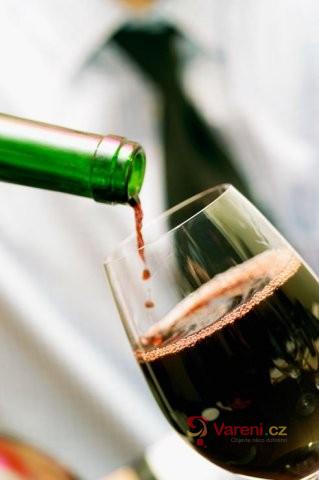 Vše co potřebujete vědět o degustaci vína