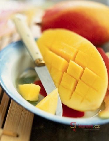 Konzumace tropického ovoce
