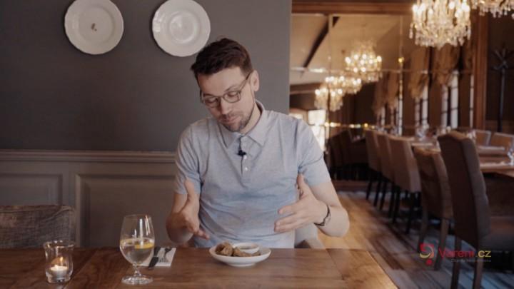 Gastromapa Lukáše Hejlíka: Zajeďte do Třeboně, kde se narodily kapří hranolky
