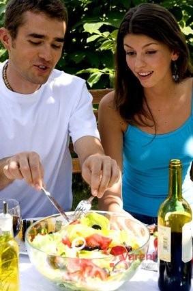 Proč přinutit muže jíst zeleninu
