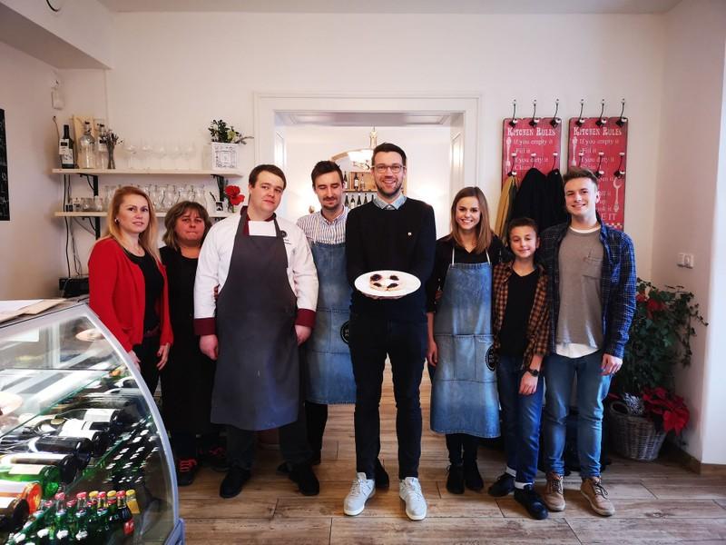 Gastromapa Lukáše Hejlíka: Rodinné bistro Na Staré poště zve na úžasné jídlo za neuvěřitelné ceny