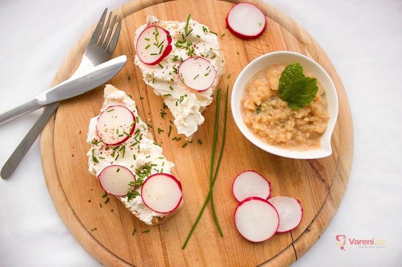 Recepty z ředkviček - vsaďte na originalitu a zkuste z nich připravit nejen salát, ale i polévku a smaženici