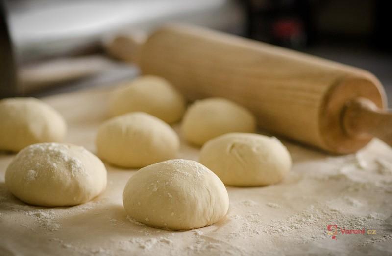 Plán pečení na víkend: Vrhněte se na domácí pečivo!