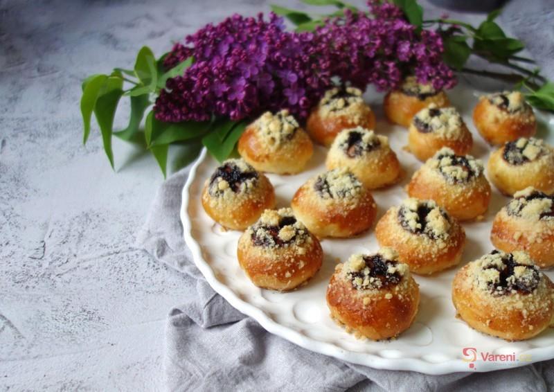 Jako od babičky: Kynuté svatební koláčky krok za krokem