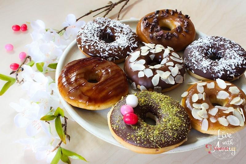 Videorecept: Pečené donuts z kynutého těsta podle Anny