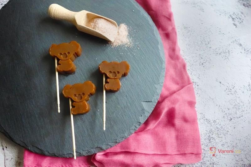 Překvapení na Den dětí: Domácí lízátka ze slaného karamelu