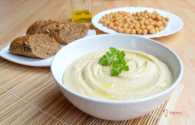 Víte co znamenají asado, piroh či hummus a kde se vaří? Zjistěte to v našem kvízu