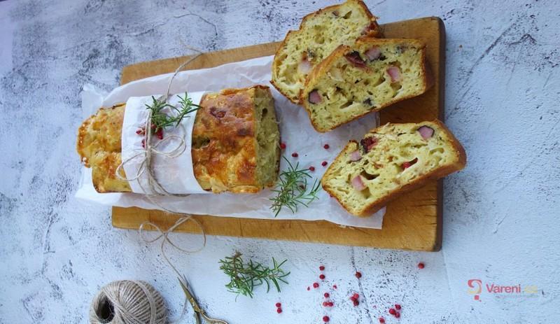 Recept na zelný chlebíček s uzeným krok za krokem