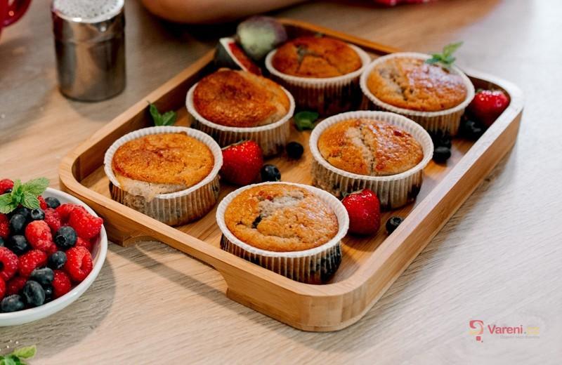 Mrkev na sladko: Upečte si rychlé mrkvové muffiny s medem a ořechy