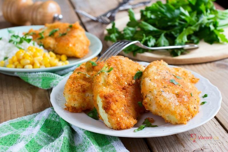6 nejlepších receptů na sýr, maso i zeleninu v těstíčku