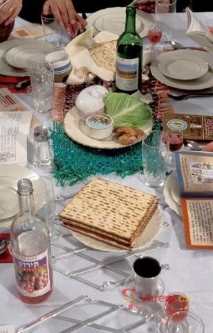 Maces - nekvašený chléb