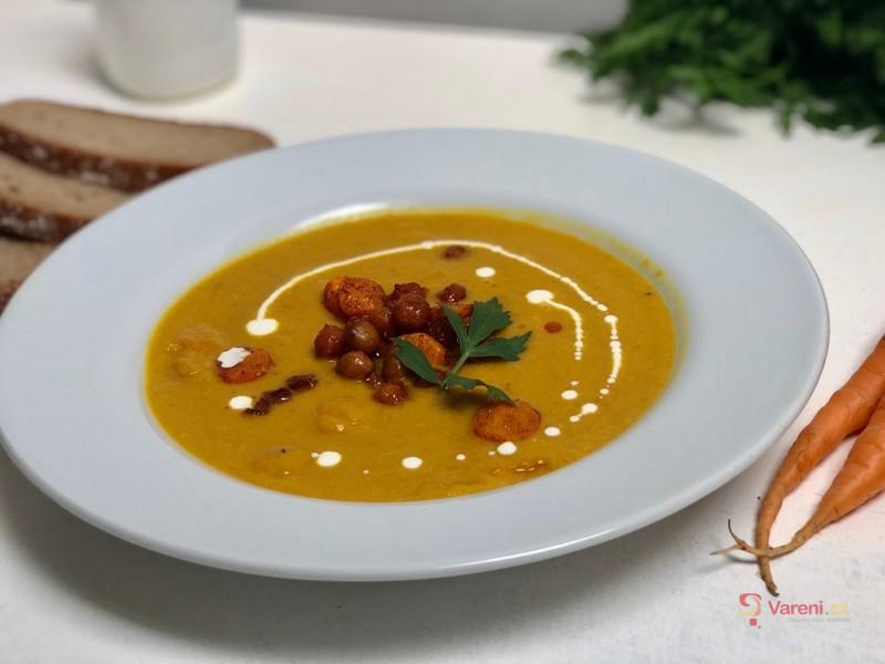 Cizrnovo-mrkvová polévka krok za krokem