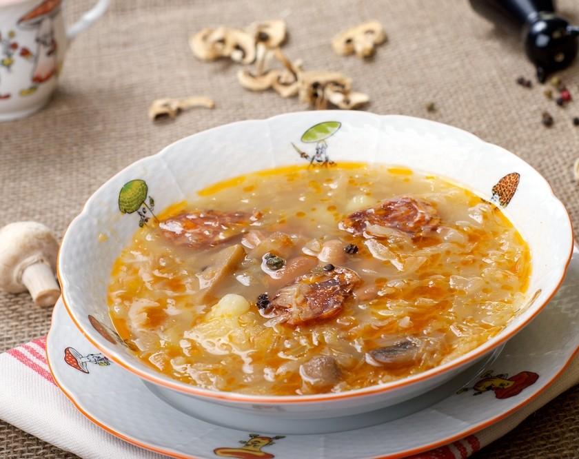 Poctivá domácí zelňačka: Top recepty na hustou a vydatnou polévku