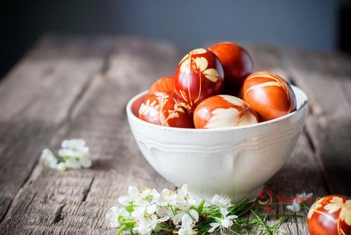 Přírodní barvení velikonočních vajíček: Jak na to, aby se výsledek podařil na výbornou?