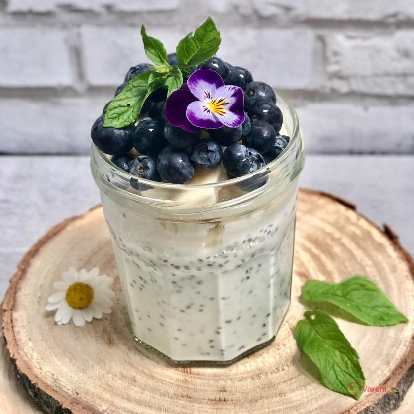 Chia jogurt s ovocem