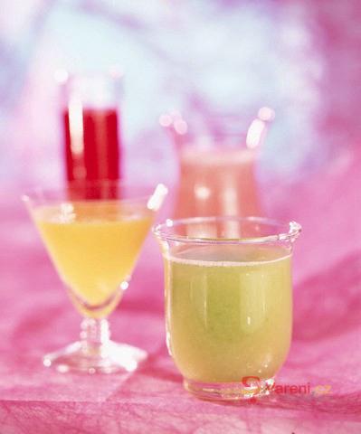 Okurkový koktejl