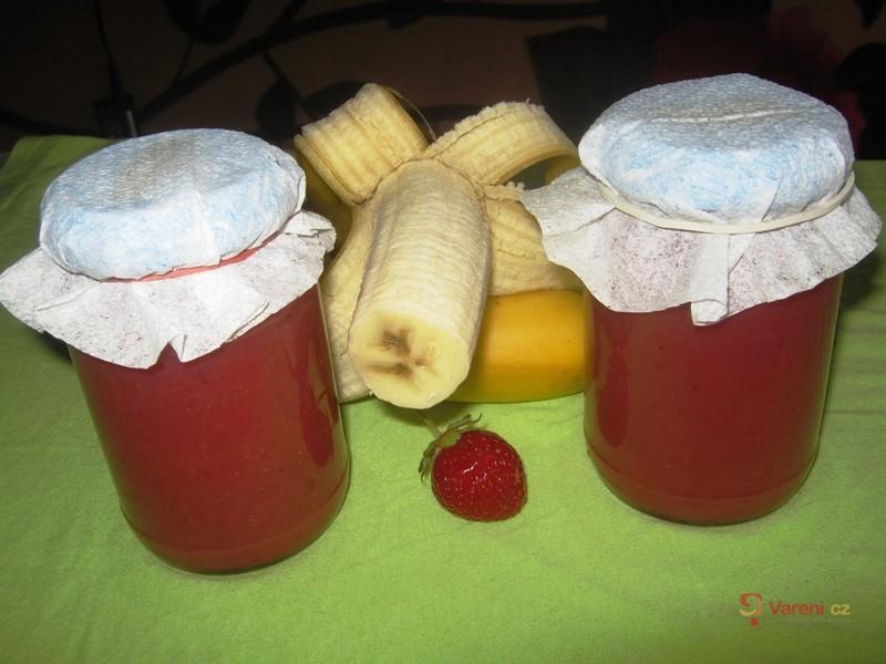 Jahodovo-banánová marmeláda