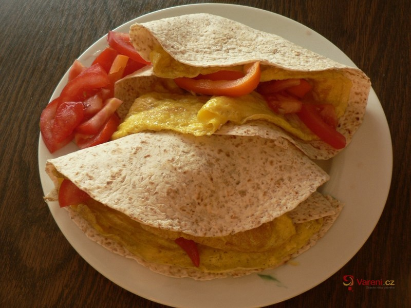 Tortilla s tuňákem a vejci
