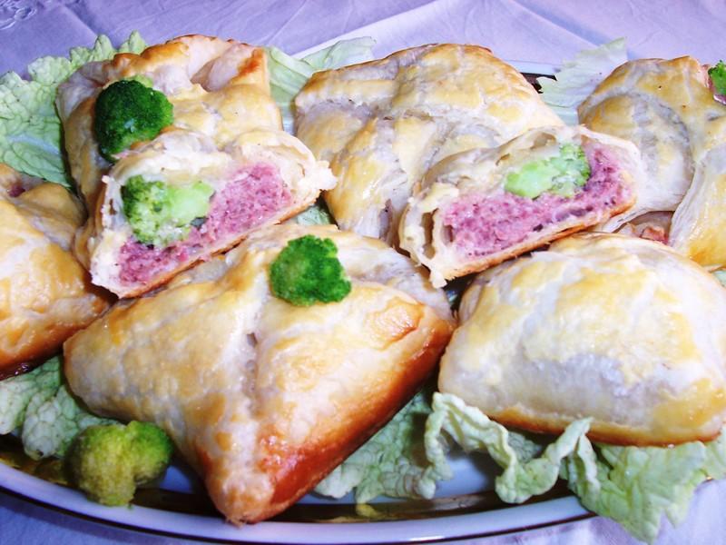 Šátečky plněné masem a brokolicí