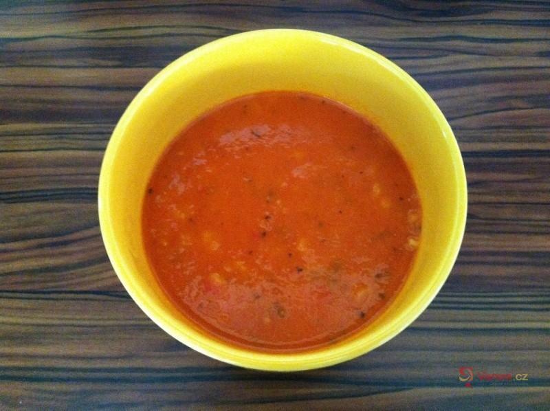 Italská polévkami s těstovinami