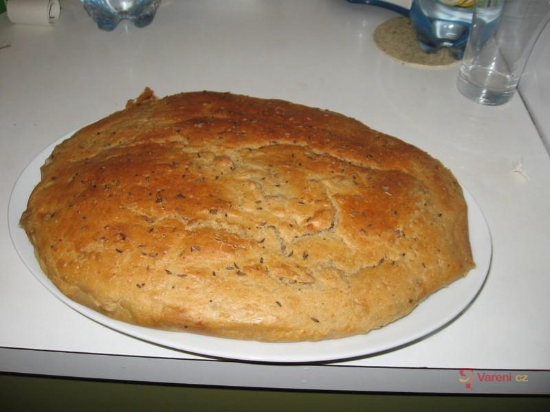 Chutný tmavý chléb