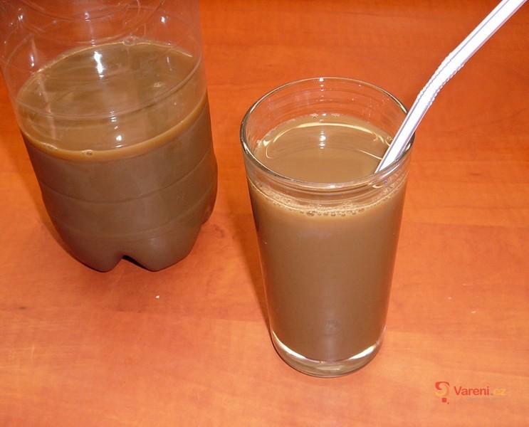 Dietní ledová káva s mlékem
