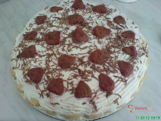 Jednoduchý nepečený ovocný dort