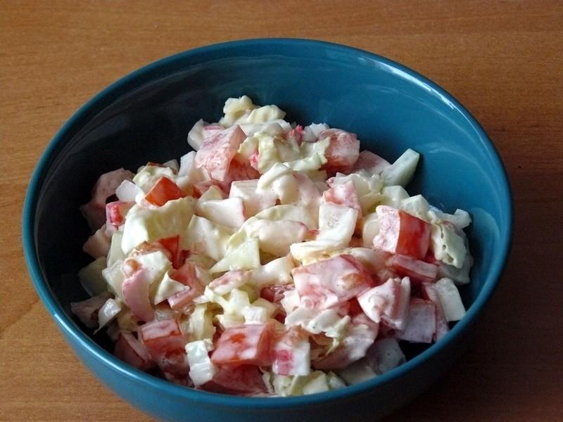 Krabí salát se zeleninou