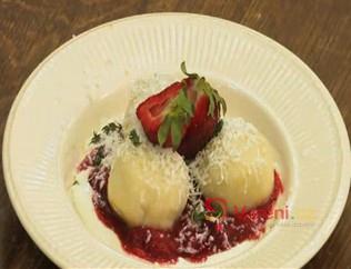 Jemné tvarohové knedlíky s ovocem