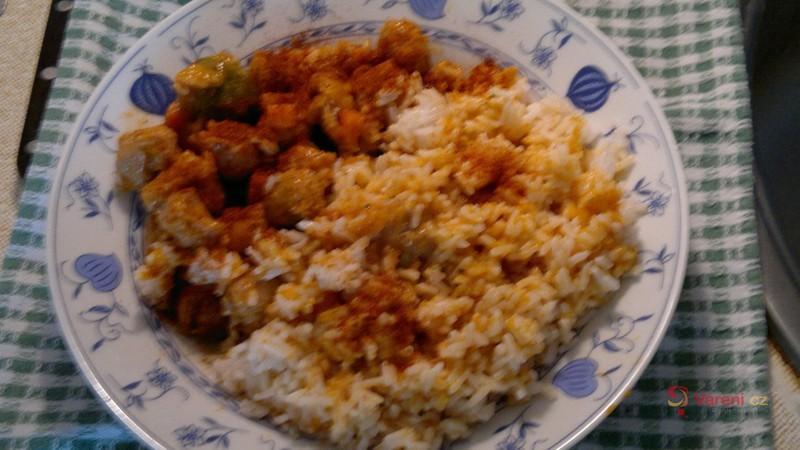 Sójové maso s dušenou rýží